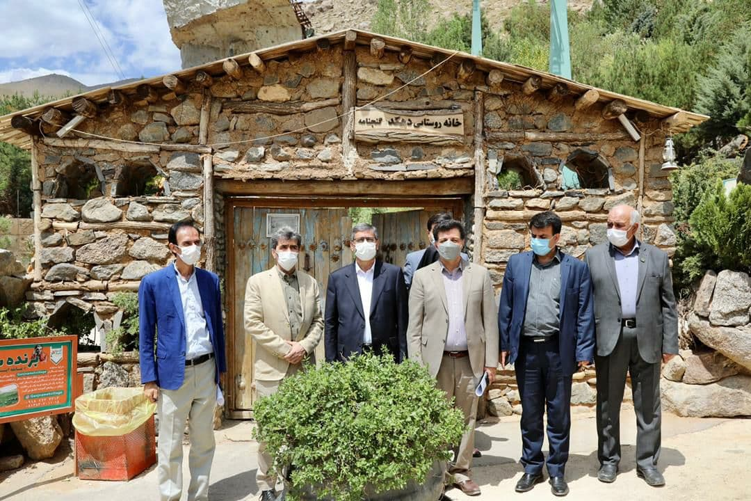استاندار حمیدان از گنجانمه بازدید کرد