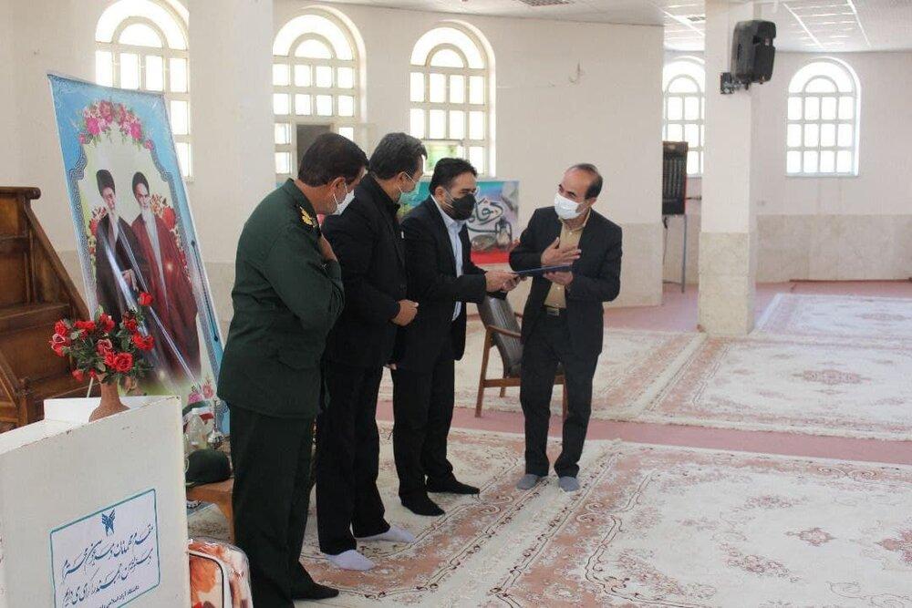 مردم ایران حفاظت مقدس هویت دینی را به جهان نشان داده اند